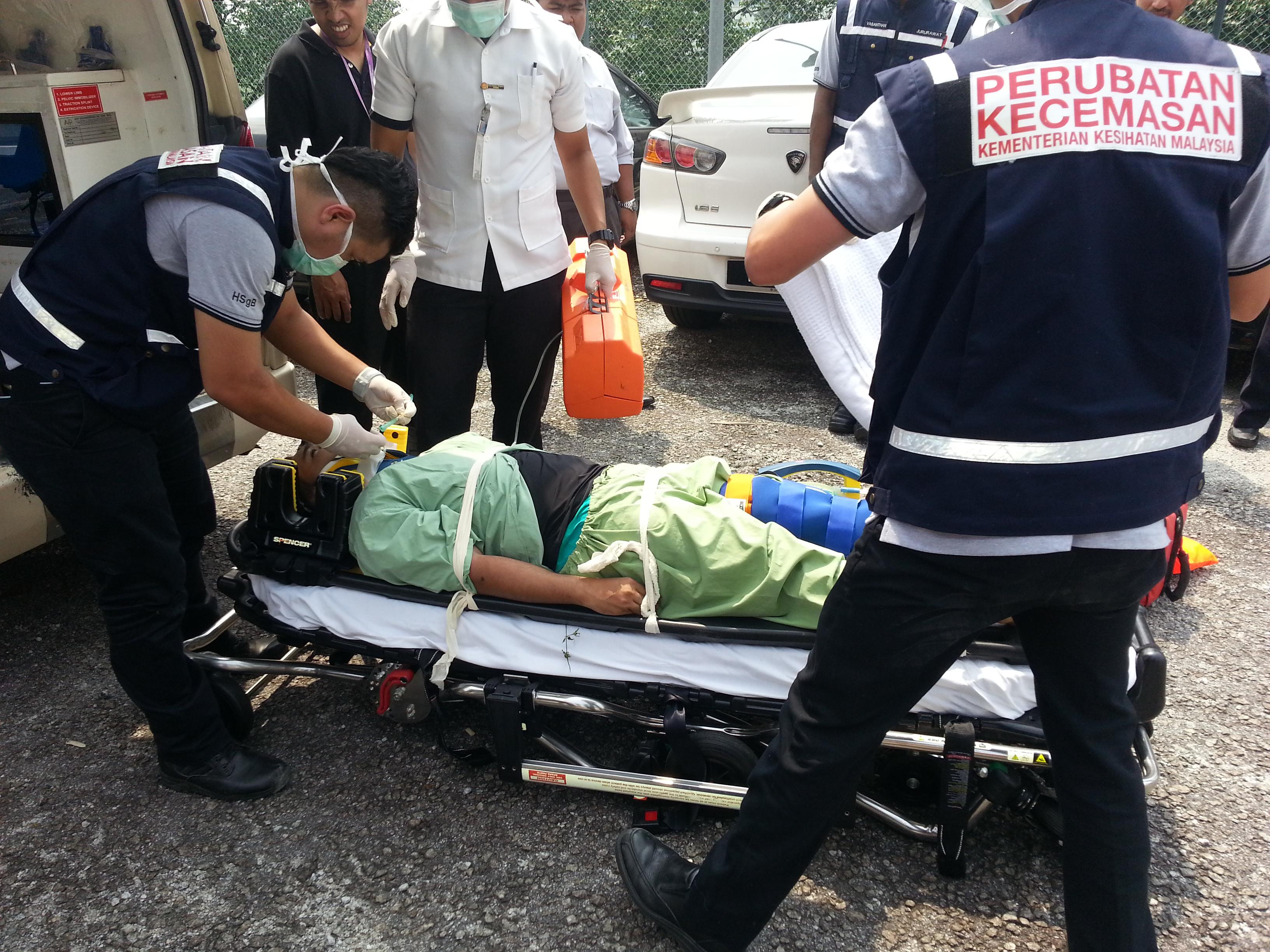 Kuasa Saksama est le principal fournisseur d'équipement médical d'AVP, le principal fournisseur d'ambulances malais | Urgence en direct 7