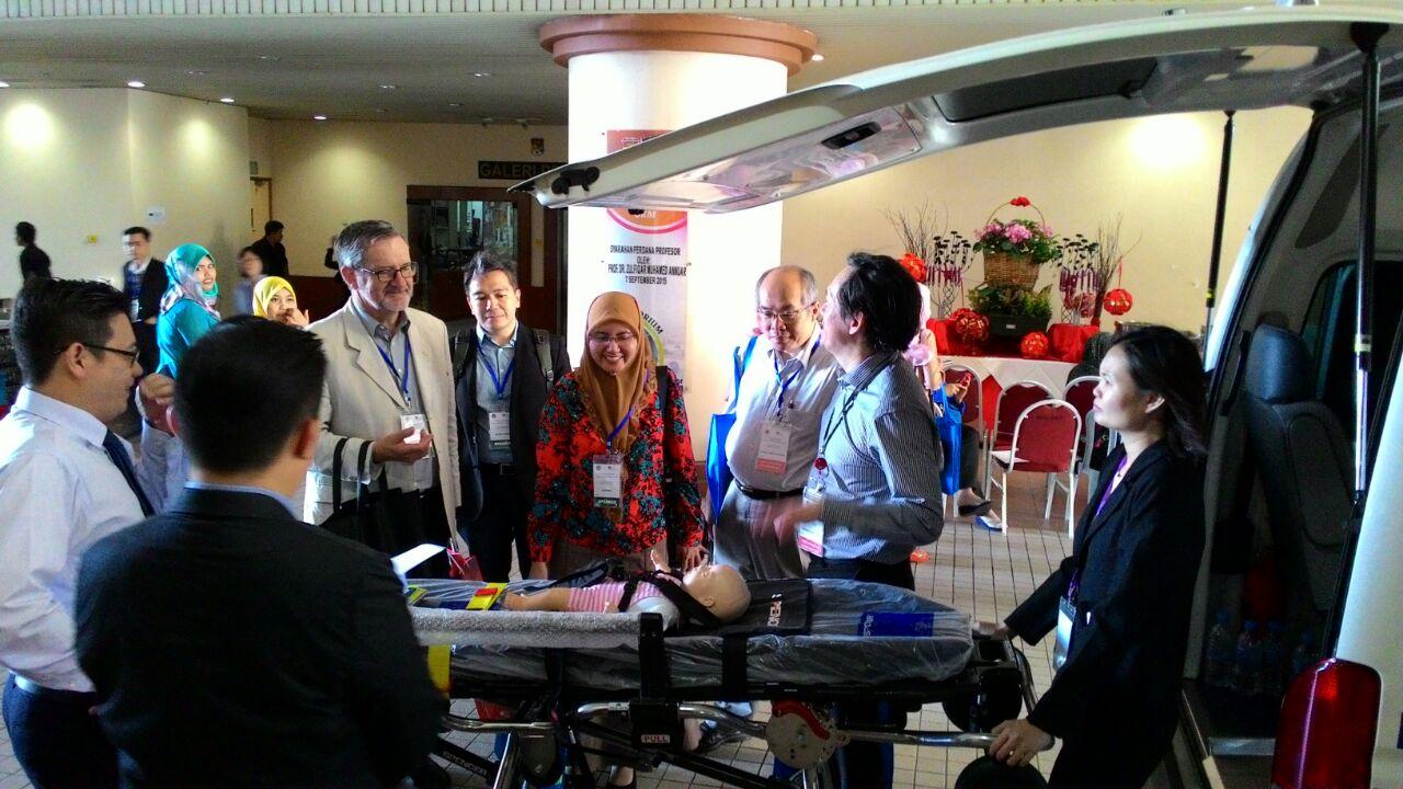 Kuasa Saksama est le principal fournisseur d'équipement médical d'AVP, le principal fournisseur d'ambulances malais | Urgence en direct 11