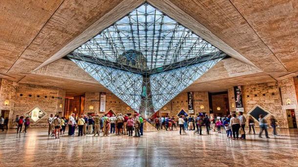 Carrousel-du-Louvre-Paris-e1413462208823