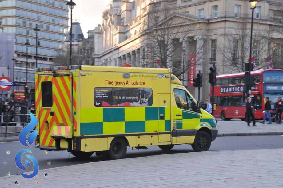 Urgence en direct   Un sauveteur italien témoin de l'attaque terroriste de Londres: