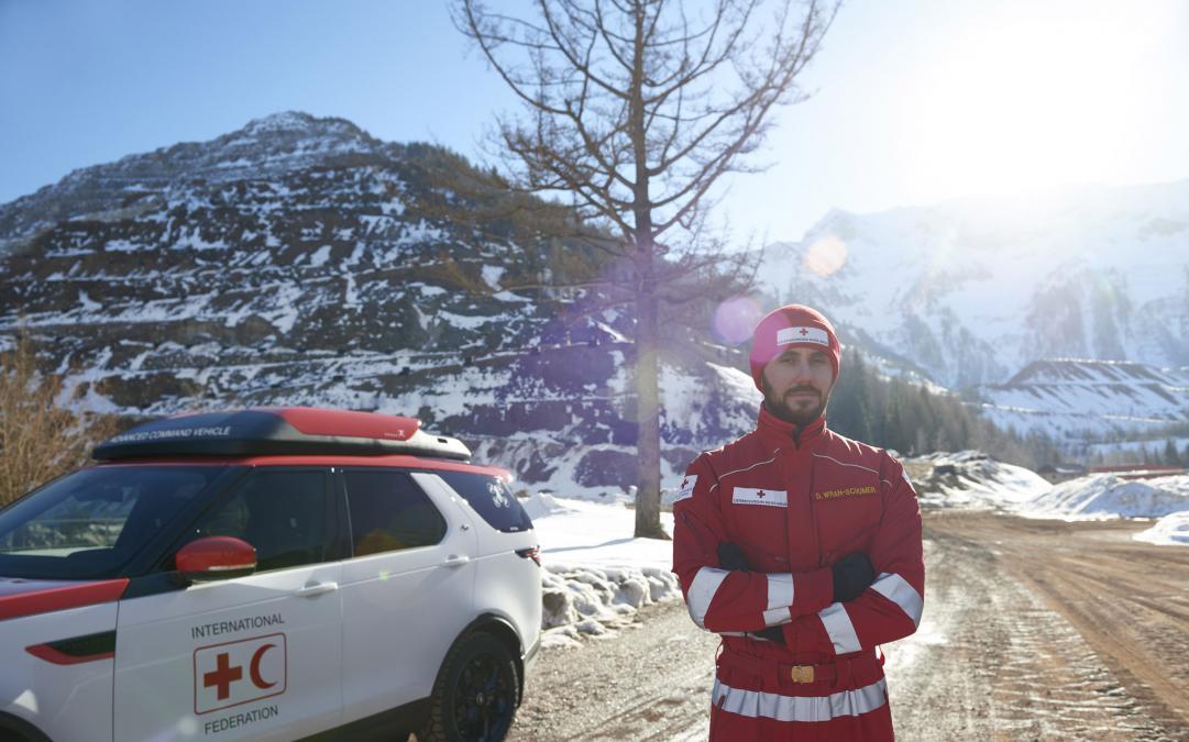 Urgence en direct | Project Hero: Un nouveau Land Rover Discovery pour le projet humanitaire, créé pour aider la Croix-Rouge à sauver des vies image 2