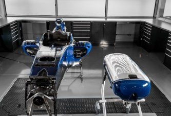 Brand new Babypod for emergency carriage by Formula One Technology