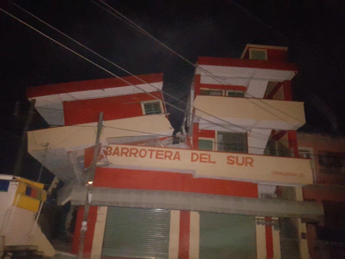 Emergencia en vivo | Terremoto de magnitud 8.2 en México, alerta de tsunami emitida imagen 7