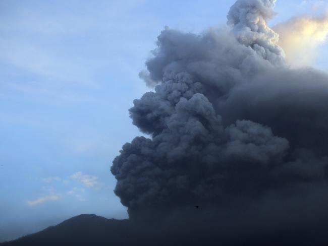 Bali – Agung volcano is scarying the entire Indonesia