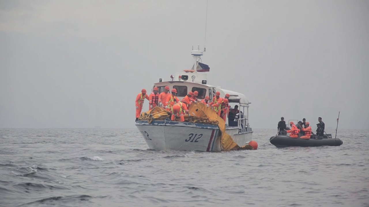 Philippine boat capsize in rough seas, 4 die after the ferry start to sink