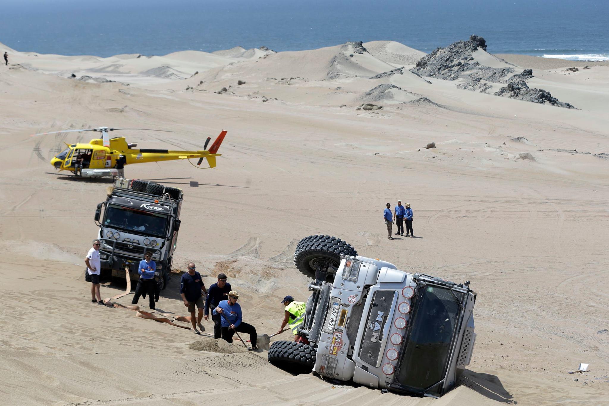 Rally Dakar: Descobrindo como funciona a assistência médica durante a corrida mais difícil do mundo | Emergency Live 7