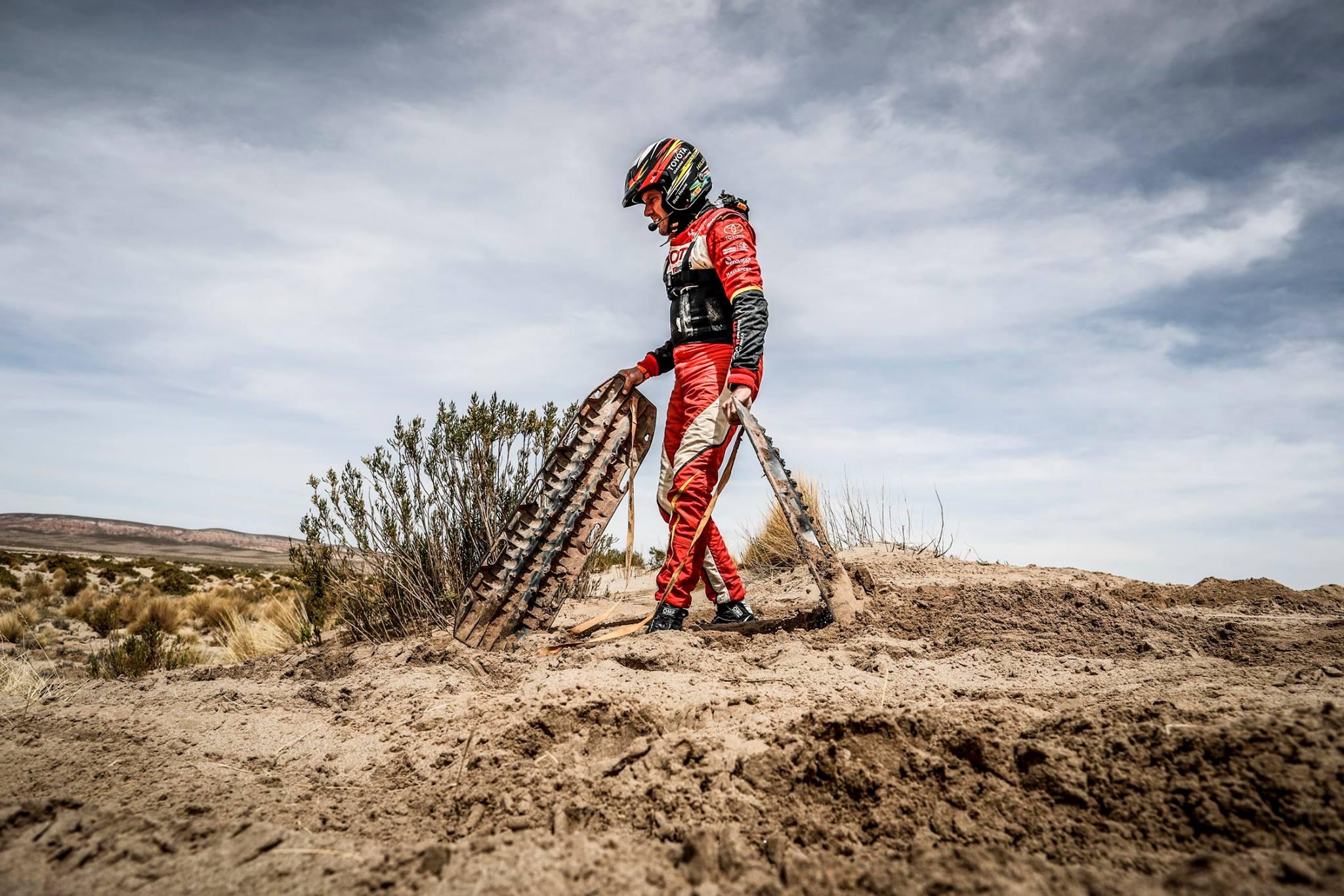 Rally Dakar: Descobrindo como funciona a assistência médica durante a corrida mais difícil do mundo | Emergency Live 8