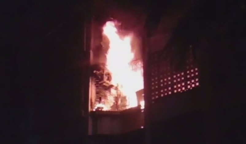MUMBAI: after the Kamala Mills inferno, another building cought fire the previous night