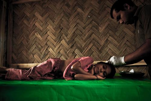 BANGLADESH – It's emergency for Rohingya. Diphtheria outbreak worsen their situation