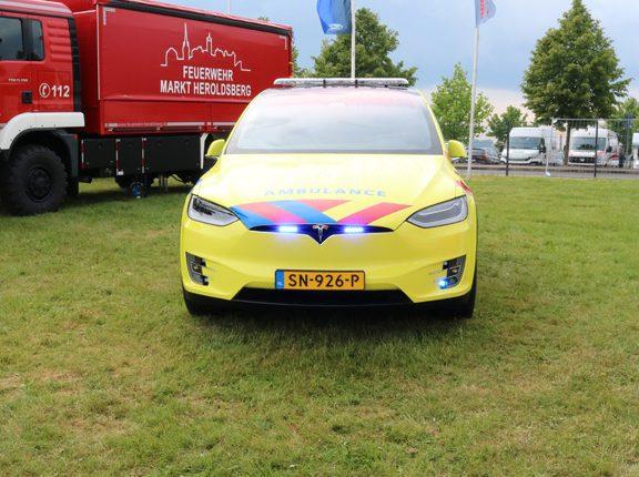 TESLA Model S for the UMCG Dutch Ambulance service