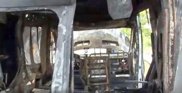 Emergencia en vivo | Tanque de oxígeno explota en la parte trasera de una ambulancia, muere un bebé imagen 3
