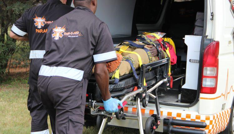Acil Durum Canlı | Afrika'da yüksek kaliteli bir ambulans için hangi tıbbi cihazlara ihtiyacınız var? resim 11