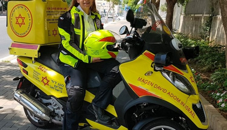 Emergency Live | How to obtain a quicker response time? Israeli solution is motorcycle ambulance image 2