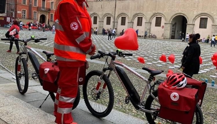 Emergency Live | Is a bicycle ambulance a good solution for urban first aid? image 4