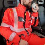 Avarinis tiesioginis | Greitosios medicinos pagalbos uniforma Europoje. Dėvėkite ir palyginkite gelbėtojų bandymą 6 vaizdas