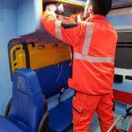 Avarinis tiesioginis | Greitosios medicinos pagalbos uniforma Europoje. Dėvėkite ir palyginkite gelbėtojų bandymą 1 vaizdas