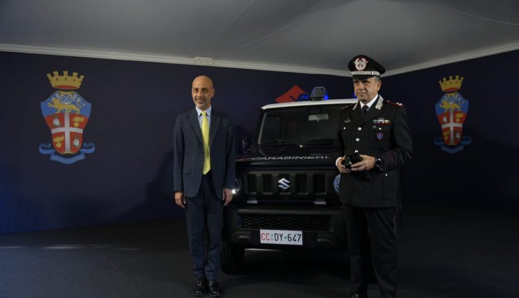 Emergencia en vivo | Suzuki Jimny, el 4WD supercompacto entra en el Carabinieri Corps image 3
