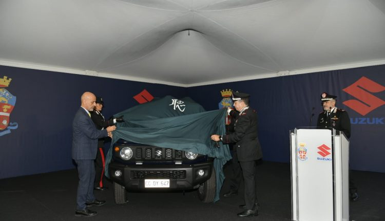 Спешно предаване | Suzuki Jimny, супер компактният 4WD влиза в изображението на карабинерския корпус 4