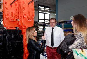 Emergencia en vivo | El cónsul general de la República de Macedonia Stojan Vitanov visita la fábrica de Spencer image 2