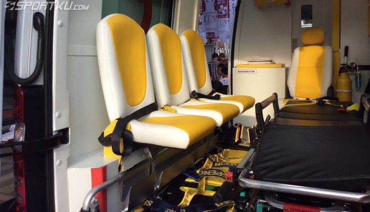 Emergency Live | Discovering equipment and solutions inside an ambulance in Indonesia image 5